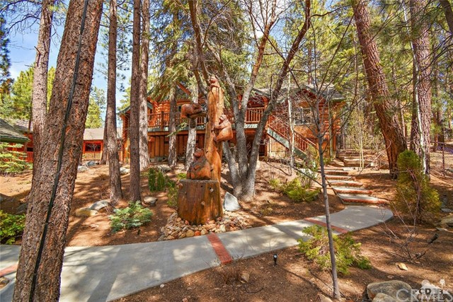 809 Oriole Drive, Big Bear CA: http://media.crmls.org/medias/ea3a373d-80d5-4f39-ba41-f0035c4e8547.jpg