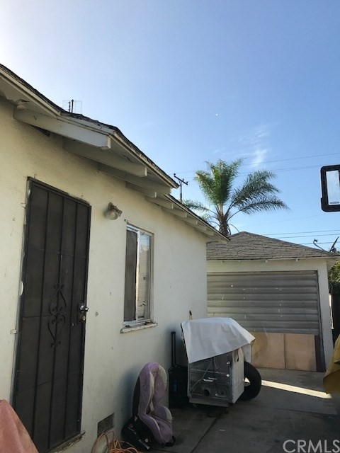 8919 San Miguel Avenue South Gate, CA 90280 - MLS #: RS17095000