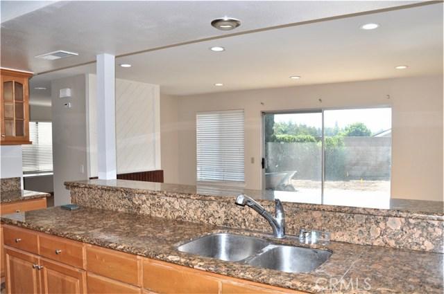 2448 Flora Street, West Covina CA: http://media.crmls.org/medias/ea3e526a-5752-4b2d-bbda-4cd20ee63fd4.jpg