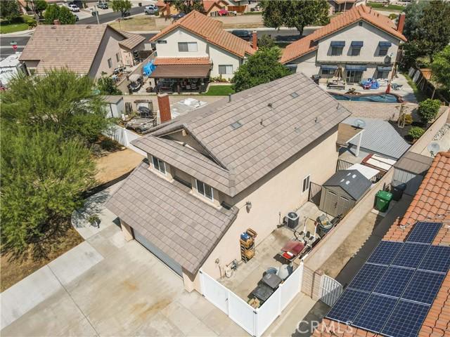 5850 Carter St, Chino CA: http://media.crmls.org/medias/ea53e098-4fcf-4b89-a89d-acf74abf095b.jpg
