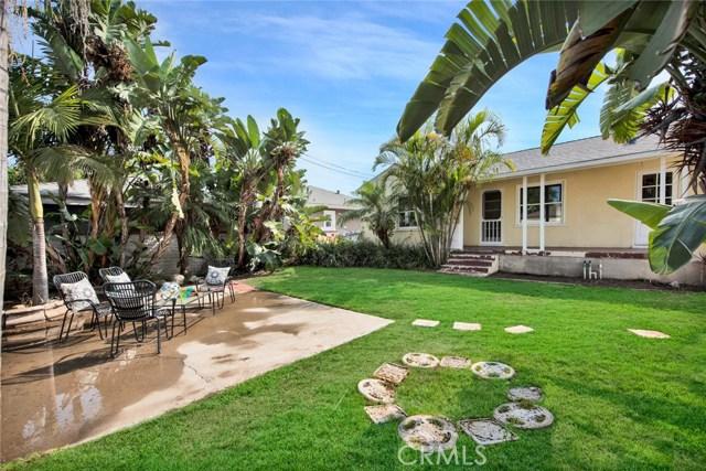 1606 N Rosewood Avenue, Santa Ana CA: http://media.crmls.org/medias/ea588b09-a33e-40d8-8c49-37cc3f17a5c5.jpg
