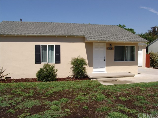 10321 Parr Avenue, Sunland CA: http://media.crmls.org/medias/ea6310de-49d0-41e3-b907-223263cf35c8.jpg