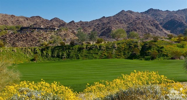 600 Rocky, Palm Desert CA: http://media.crmls.org/medias/ea66333e-0eec-4c2a-9947-ea05e4eddc28.jpg