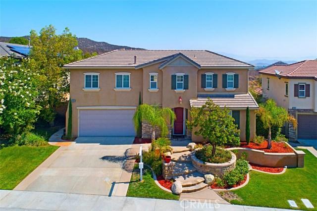27594 Fern Pine Way, Murrieta CA: http://media.crmls.org/medias/ea7e7733-826e-43b9-89ec-05c5e8db2304.jpg