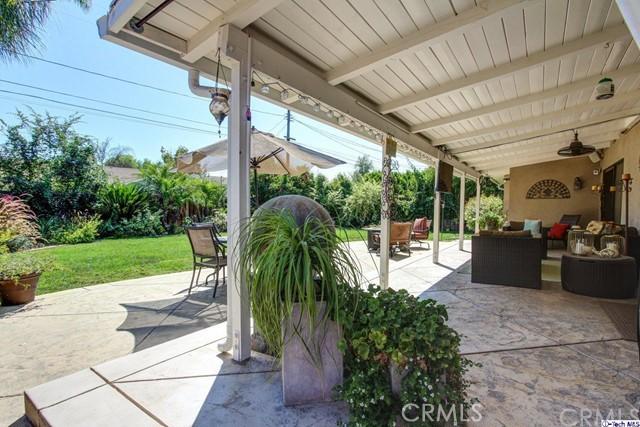 16816 San Jose Street, Granada Hills CA: http://media.crmls.org/medias/ea8597ea-2cf6-4f20-b86c-957ae84a0348.jpg