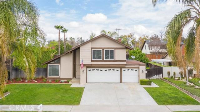 1361 Rosehill Drive, Riverside CA: http://media.crmls.org/medias/ea8ee335-41bb-437d-829c-6c91a5a02802.jpg