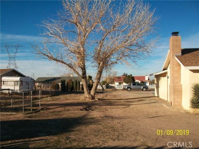 13875 Smoke Tree Street,Hesperia,CA 92345, USA