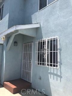 641 E 87th Street, Los Angeles CA: http://media.crmls.org/medias/ea964f46-9867-43b2-97d7-724da3a55cb7.jpg