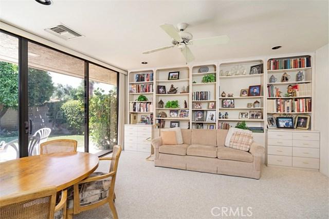 42 Lafayette Drive, Rancho Mirage CA: http://media.crmls.org/medias/ea98cc07-1767-481a-8b1e-7c975446d993.jpg