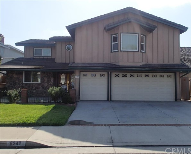 Single Family Home for Sale at 8242 Suffield St La Palma, California 90623 United States