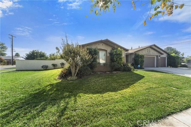 8002 Sycamore Avenue, Riverside CA: http://media.crmls.org/medias/eaa86134-a549-4edd-971c-7b10ccb1f07d.jpg