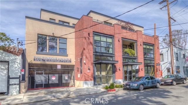 Condominium for Rent at 815 Fairview Avenue South Pasadena, California 91030 United States