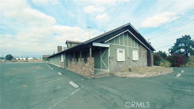 独户住宅 为 销售 在 2001 W Valley Boulevard Colton, 加利福尼亚州 92324 美国