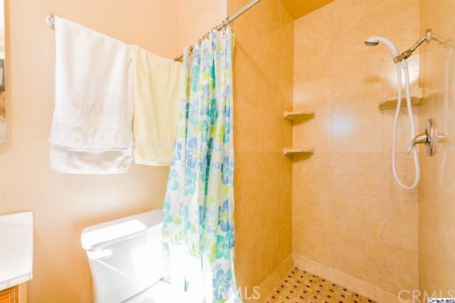 16446 Armstead Street, Granada Hills CA: http://media.crmls.org/medias/eabb8e99-c38b-49f3-bd1a-c95272df25bd.jpg