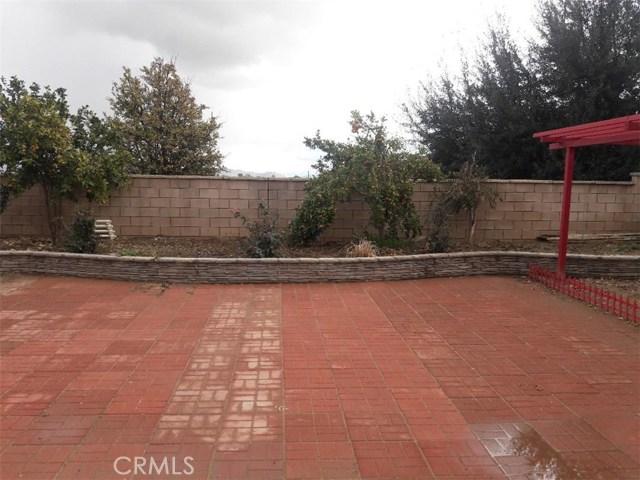3553 Crevice Way, Perris CA: http://media.crmls.org/medias/eac4e929-e22e-46b1-9210-4d45c6ea039f.jpg