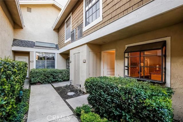 51 Lakepines Irvine CA  92620