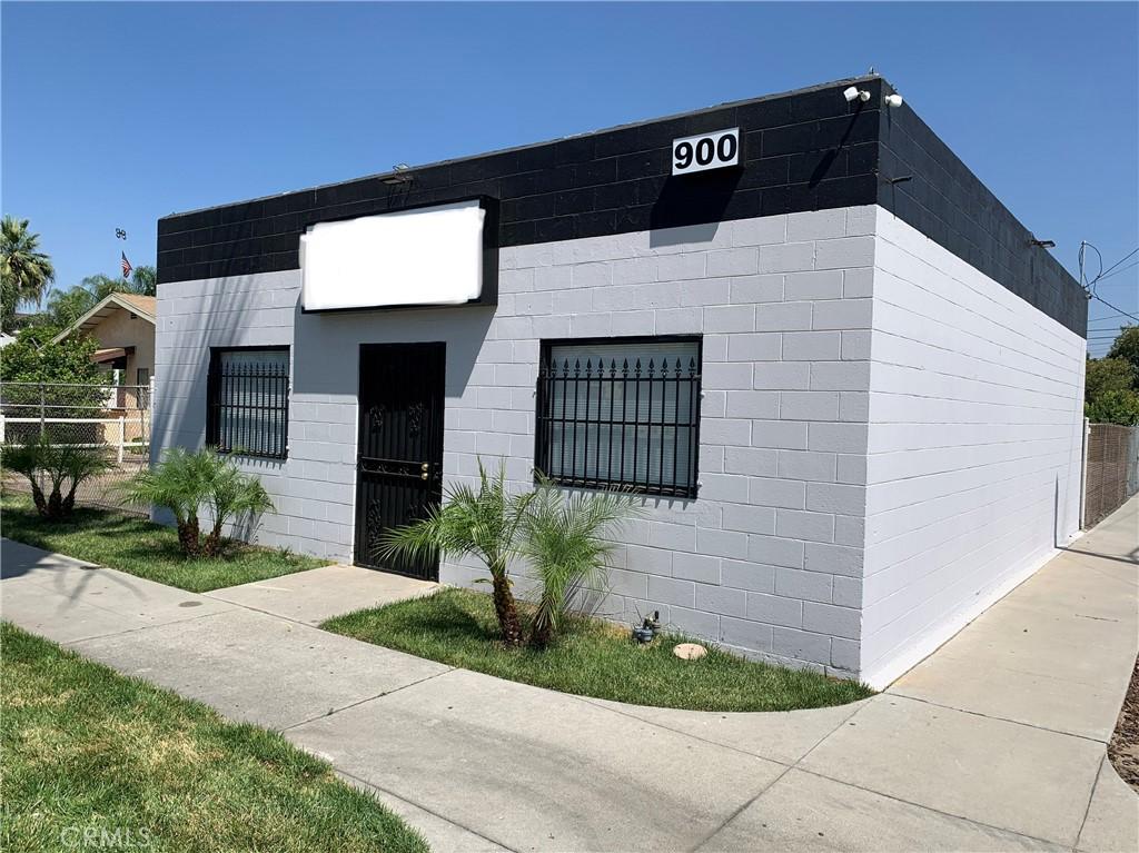900 Colton Avenue Colton CA  92324