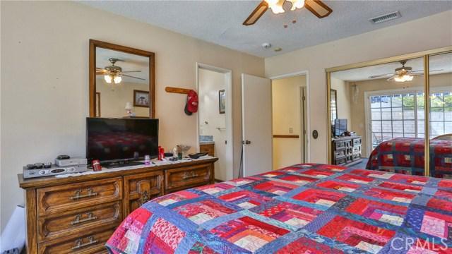 1322 Lanfair Street, Redlands CA: http://media.crmls.org/medias/ead4f1c0-4cb6-4ad0-82e7-4cd9abf3154e.jpg