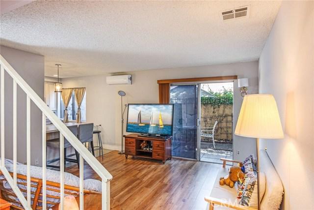 5505 Loveland Street, Bell Gardens CA: http://media.crmls.org/medias/ead86e84-9b2c-4de7-b0aa-81aa6d7b18f0.jpg
