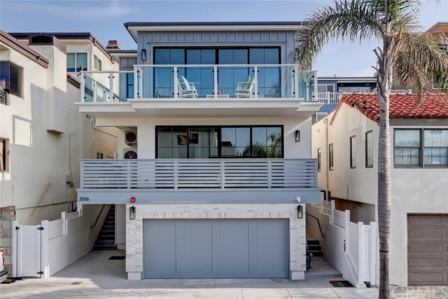 3516 Manhattan Avenue, Manhattan Beach, California 90266, 4 Bedrooms Bedrooms, ,3 BathroomsBathrooms,Townhouse,For Sale,Manhattan,SB20011197