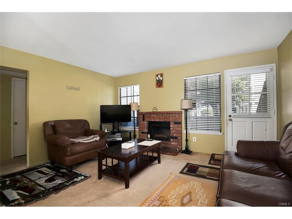 1521 S Raitt Street Unit 41 Santa Ana, CA 92704 - MLS #: DW17207637