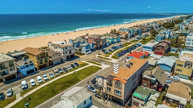 17090 5th, Sunset Beach CA: http://media.crmls.org/medias/eae2671f-fd95-4865-85ca-cea647b51ca3.jpg