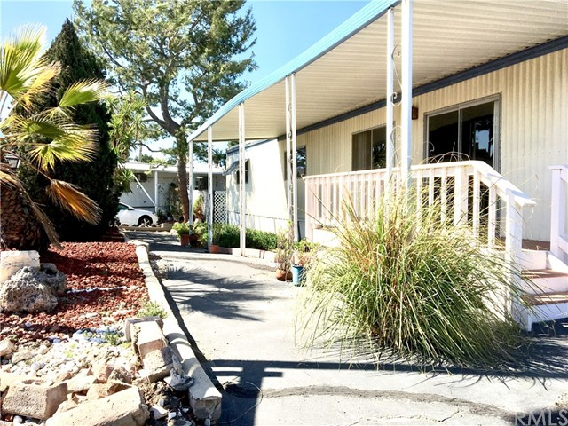 6261 Emerald Cove Dr, Long Beach, CA 90803 Photo 2