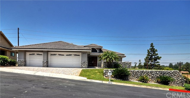 Single Family Home for Sale at 18772 Winnwood St North Tustin, California 92705 United States