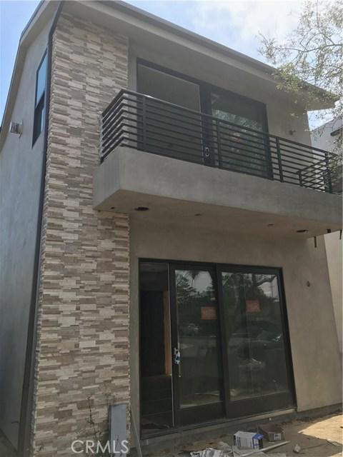 独户住宅 为 销售 在 1204 England 杭廷顿海滩, 92648 美国