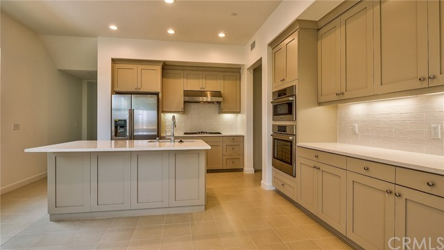 185 Follyhatch, Irvine, CA 92618 Photo 8