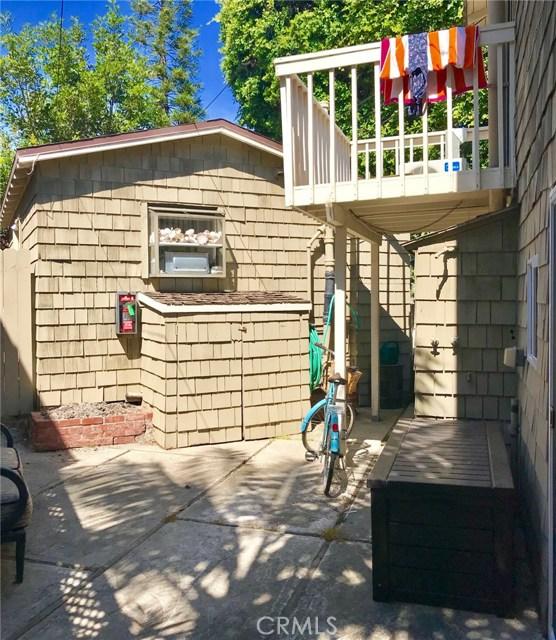 254 Cypress Drive, Laguna Beach CA: http://media.crmls.org/medias/eb1aa187-059a-44cd-b26e-7dbec1f1622f.jpg