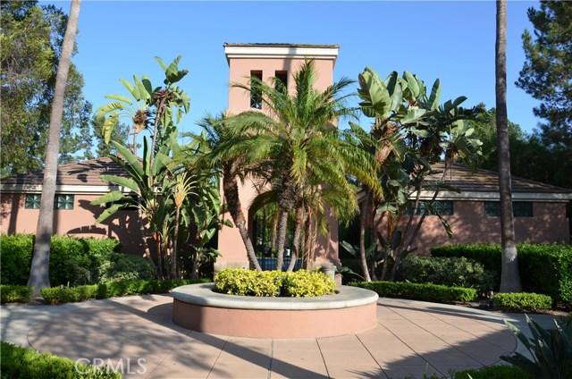 32 Santa Victoria Aisle, Irvine CA: http://media.crmls.org/medias/eb213d81-7610-4d1e-a9fe-b60f55db07b7.jpg
