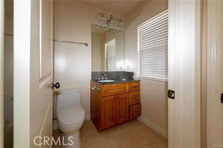 56 S Craig Avenue, Pasadena CA: http://media.crmls.org/medias/eb26a9e0-78f7-450e-afe8-81b8455dcb40.jpg