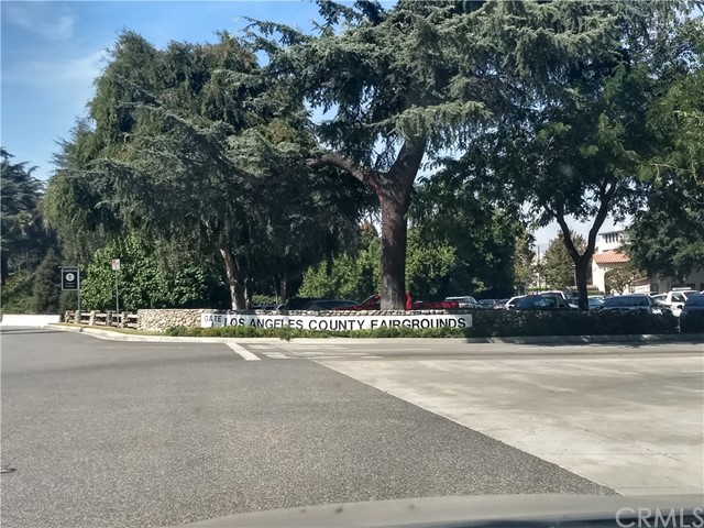 616 TEXAS Street, Pomona CA: http://media.crmls.org/medias/eb2c33f7-5784-4980-a020-119e1e76b00c.jpg
