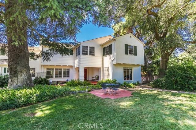 Single Family Home for Sale at 1608 Minnewawa Avenue S Fresno, California 93727 United States