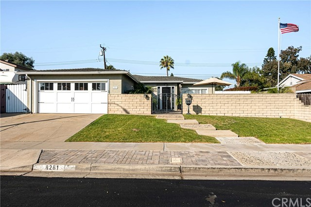Detail Gallery Image 1 of 36 For 8281 Tyler Cir, Huntington Beach, CA 92646 - 4 Beds | 1/1 Baths