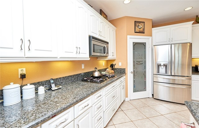 1406 E Ralston Avenue, San Bernardino CA: http://media.crmls.org/medias/eb34e599-42e1-4166-a52c-2a9dfbd28c80.jpg