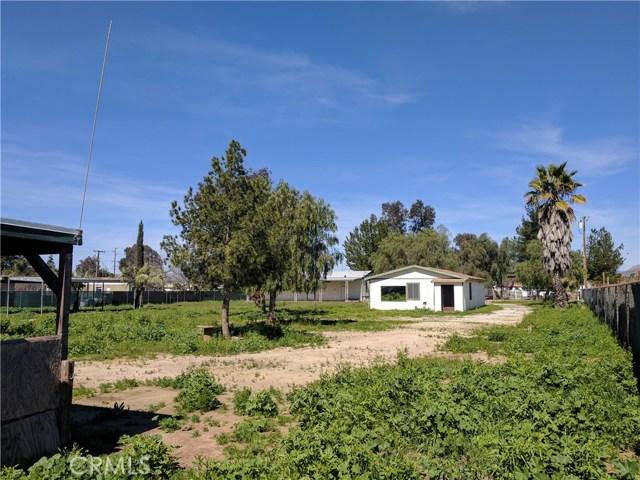 28087 Mountain Avenue, Menifee CA: http://media.crmls.org/medias/eb3737d3-9e66-4f4f-a4d1-cb4a14ac5020.jpg