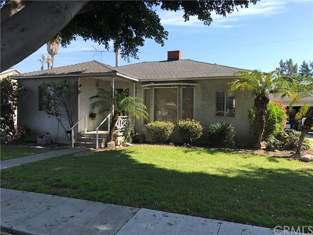 Single Family Home for Sale at 3424 Heather Road Long Beach, California 90808 United States