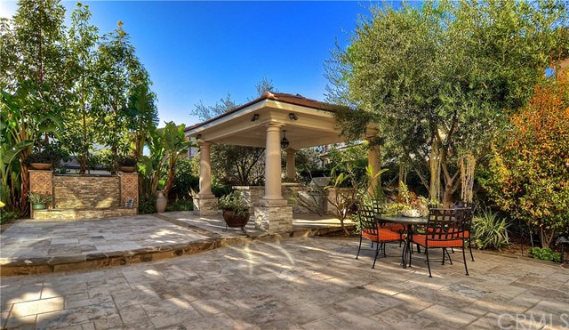 122 Tomato Springs, Irvine, CA 92618 Photo 2