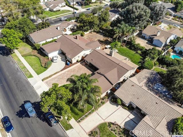 16816 San Jose Street, Granada Hills CA: http://media.crmls.org/medias/eb7ea541-af55-4f9c-9dd4-1b623a58557d.jpg