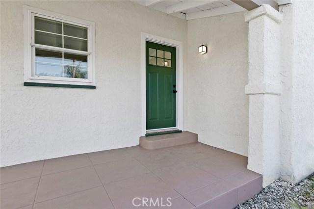 8700 Haas Avenue, Los Angeles CA: http://media.crmls.org/medias/eb8280cd-aeaf-411a-81a8-a640fdbf9dab.jpg