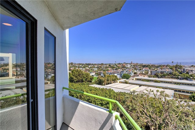 469 26th St, Manhattan Beach, CA 90266 photo 14