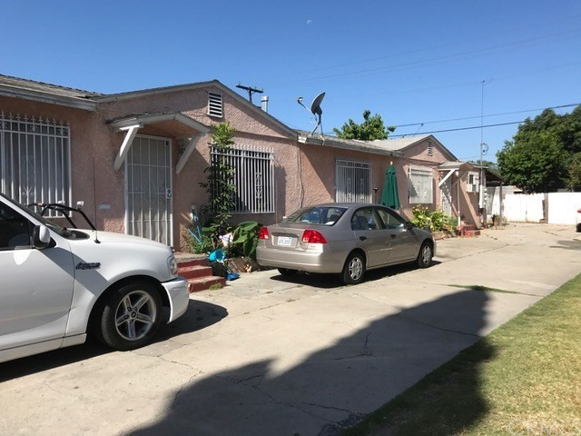 Single Family for Sale at 6207 Home Avenue Bell, California 90201 United States