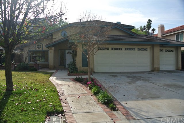 16699 Lake Knoll, Riverside CA 92503