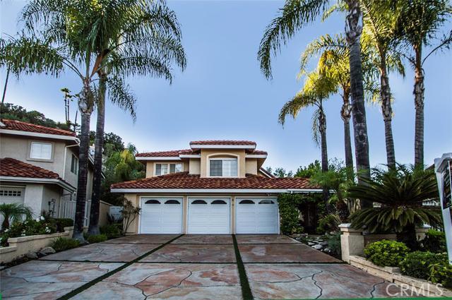 Single Family Home for Sale at 4 San Anselmo St Rancho Santa Margarita, California 92688 United States