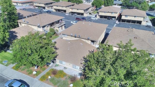 7433 Napa Court, Rancho Cucamonga CA: http://media.crmls.org/medias/eba8e7cc-0db7-49ce-b4ce-83e185919864.jpg