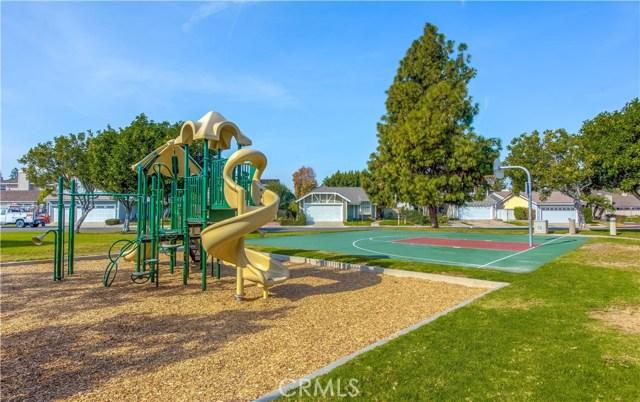 52 Hollowglen, Irvine, CA 92604 Photo 25