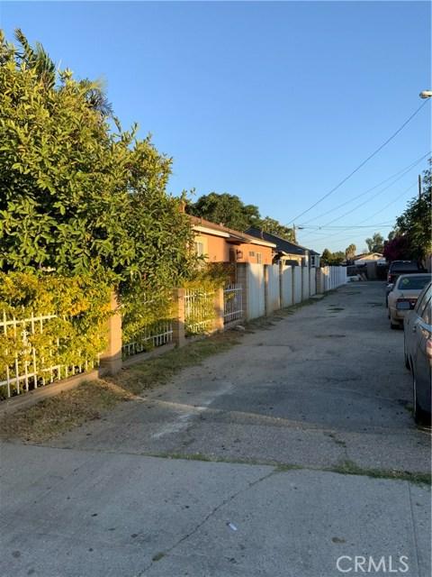 440 E 121st Street, Los Angeles CA: http://media.crmls.org/medias/ebcad261-3989-4b09-8f6c-f49d9dd591e9.jpg