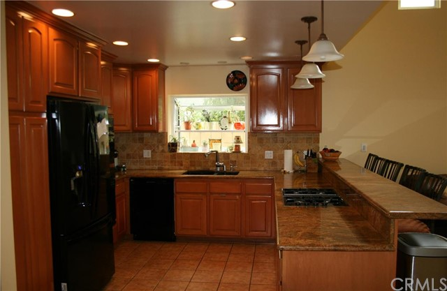 Casa Unifamiliar por un Venta en 19315 Allingham Avenue Cerritos, California 90703 Estados Unidos